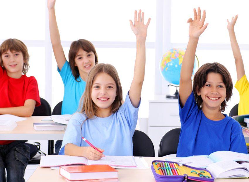 15 Cara Menumbuhkan Rasa Percaya Diri Pada Anak Paling Efektif