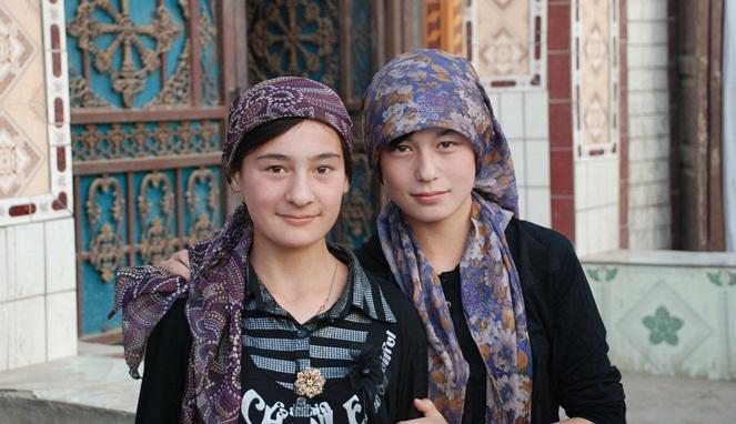 14 Suku Tercantik di Dunia dari Berbagai Negara