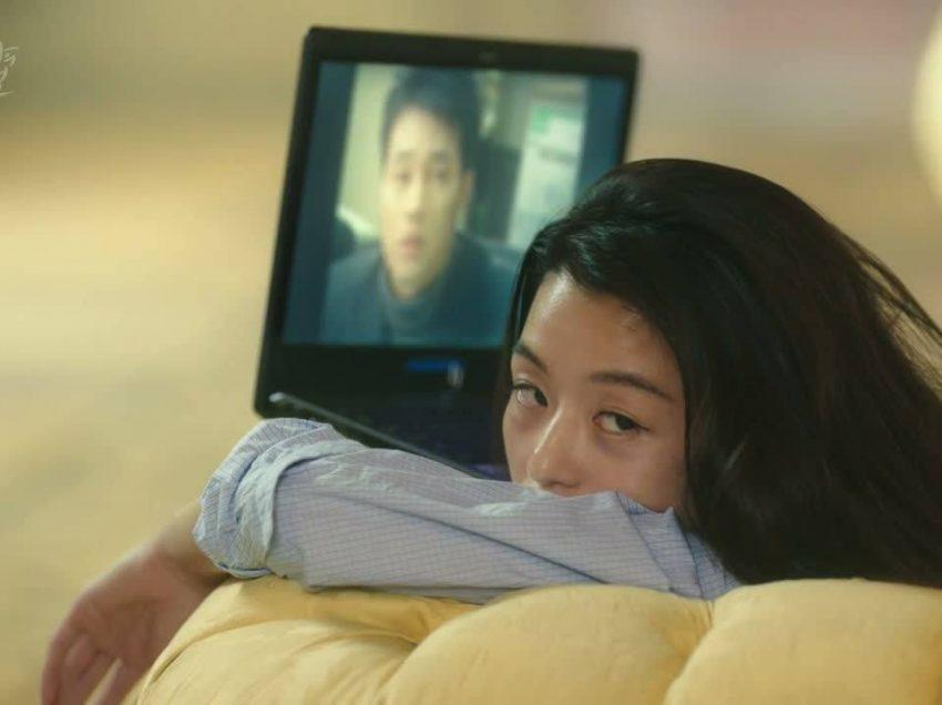 7 Alasan Cewek Suka Nonton Drama Korea Ini Bikin Kaget