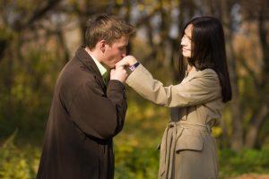 cara menjadi wanita yang baik untuk pasangan