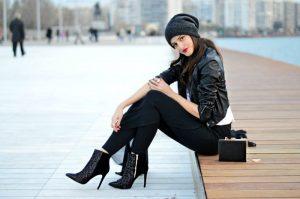 Cara Berpakaian Wanita yang Baik