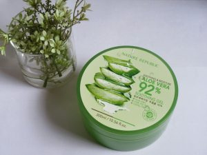 Nature Republic Aloe Vera Soothing Gel 92% - Manfaat dan Cara Penggunaannya