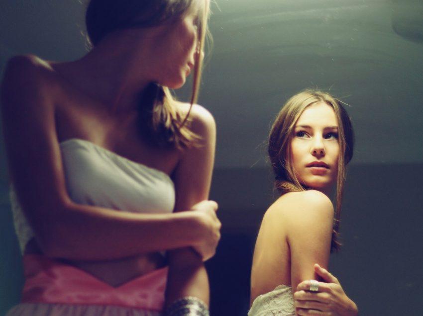 10 Cara Tampil Cantik dan Menawan Luar Dalam