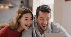 7 Tips Menyenangkan Hati Pria Tanpa Syarat
