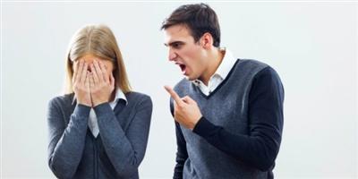 7 Cara Menghadapi Suami Cemburuan Pada Teman Kita Sendiri