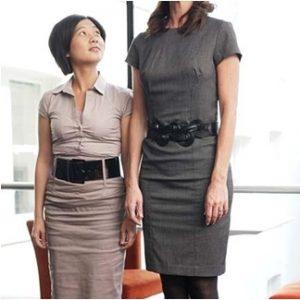 kelebihan wanita pendek