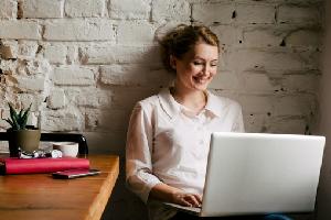 7 Tipe Pekerjaan Yang Cocok Untuk Wanita Masa Kini