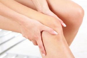 penyebab stretch mark di lutut