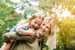 8 Cara Menjadi Ibu yang Kuat Saat Harus Mengurus Anak Sendirian