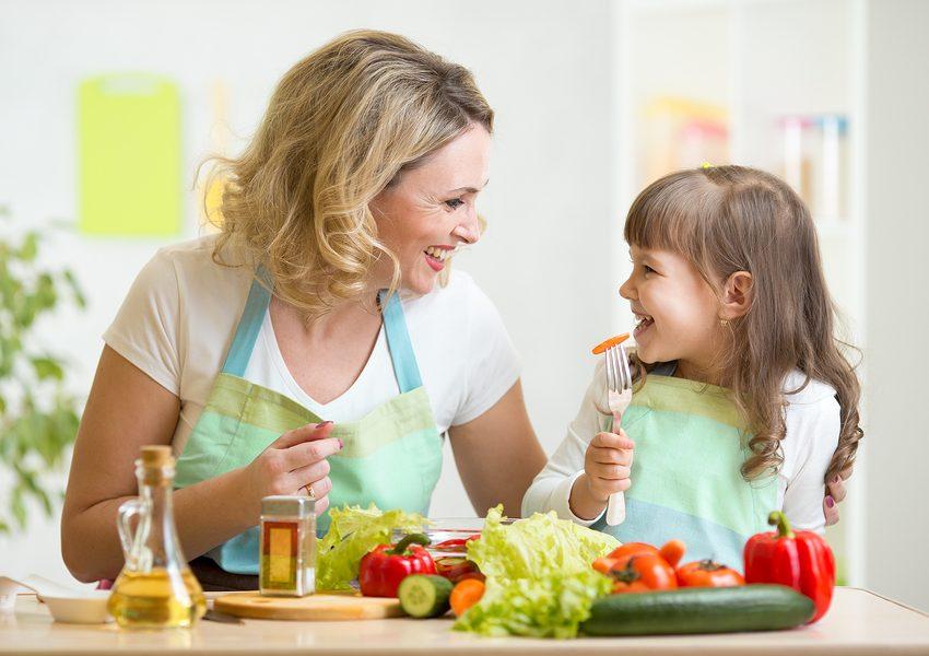 8 Cara Menghilangkan Kejenuhan Menjadi Ibu Rumah Tangga Paling Menyenangkan