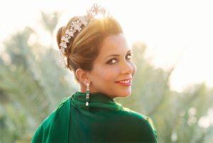 7 Cara Membuat Wanita Tomboy Menjadi Feminim Seperti Putri Raja