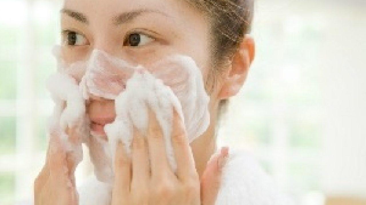 7 cara menggunakan facial foam yang