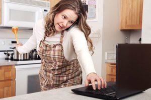 kegiatan ibu rumah tangga yang menghasilkan uang