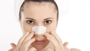 10 Cara Menghilangkan Whitehead di Hidung dengan Cepat